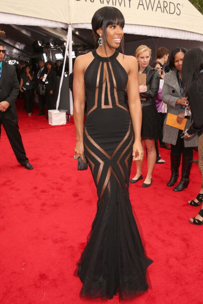 Kelly Rowland looked sexy in Georges Chakra