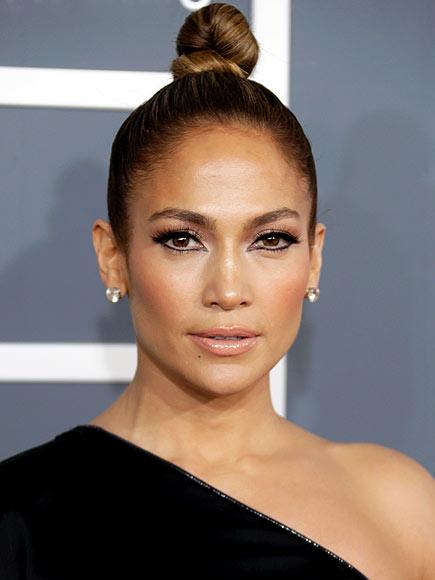Jennifer Lopez's Topknot