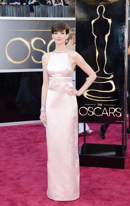 Oscars 2013 Anne Hathaway jinnaloves.comPic1