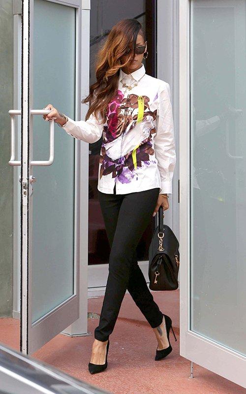 Rihanna BHM 2013 jinnalovesPic1