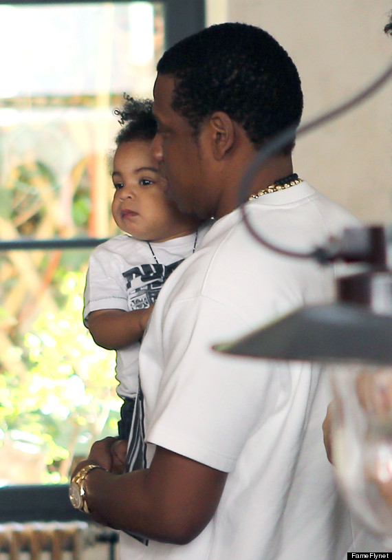 Beyoncé, Jay-Z and, Blue Ivy Carter at Lunch in Paris www.jinnaloves.comPic3