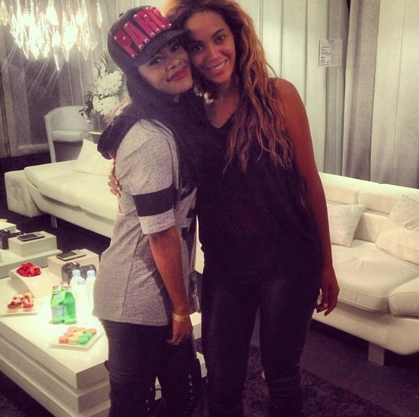Teyana Taylor takes a backstage pic with Beyoncé in a Paislee Paris Snapback Cap ($150)