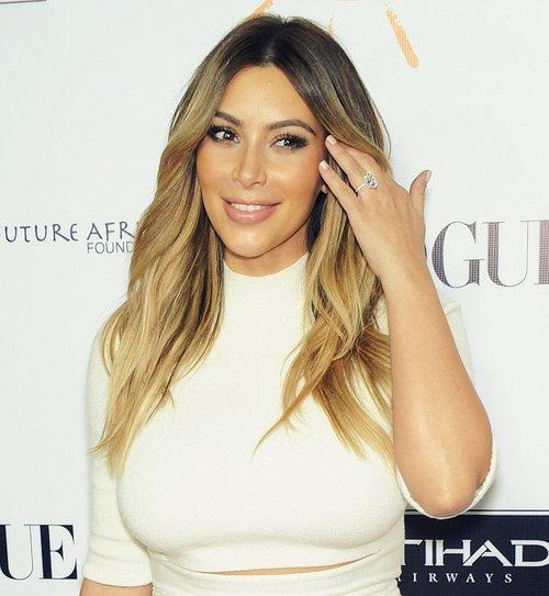 Kim Kardashian and Kanye West Dream for Africa Gala www.jinnaloves.comPic3