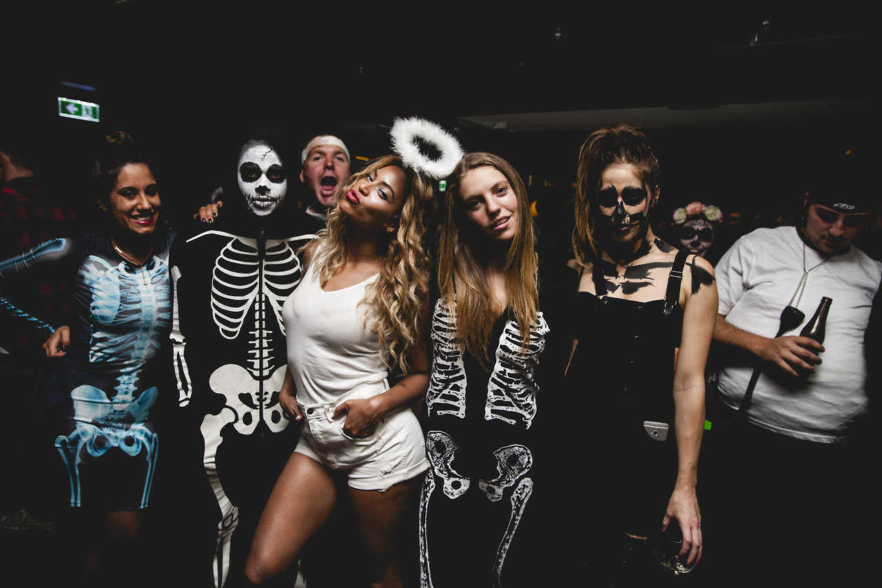 CUTE TUMBLR PICS: BEYONCÉ ENJOYS HALLOWEEN 2013 – Jinna Loves