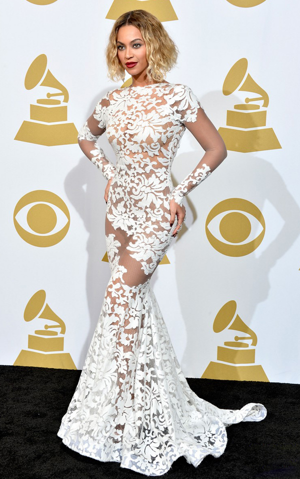 Beyonce Stuns at the 2014 Grammy Awards www.jinnaloves.comPic2