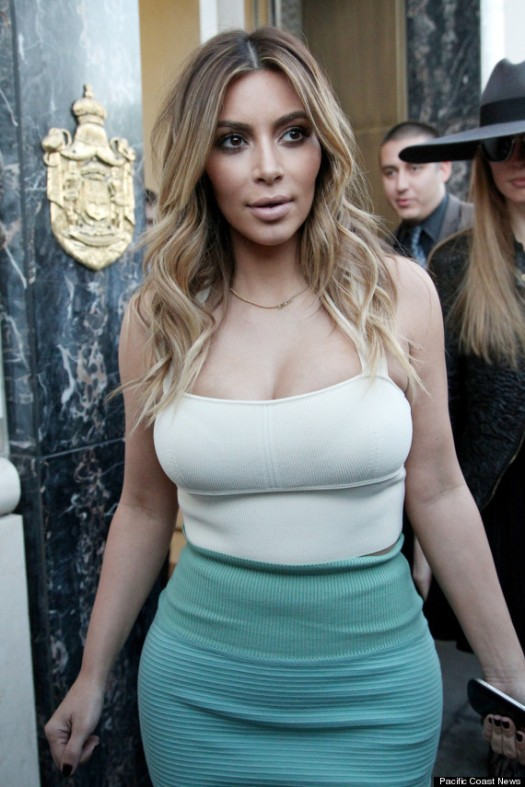 Kim Kardashian white crop top and green pencil skirt www.jinnaloves.comPic2