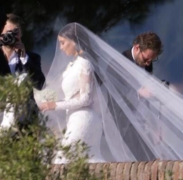 Kim Kardashian Marries Kanye West - Wedding Dress First Look