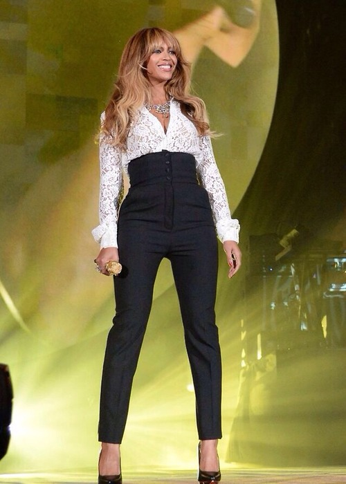 Beyonces Performs at the 2014 Global Citizen Festival pic1