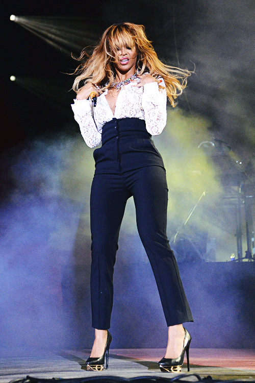 Beyonces Performs at the 2014 Global Citizen Festival pic2
