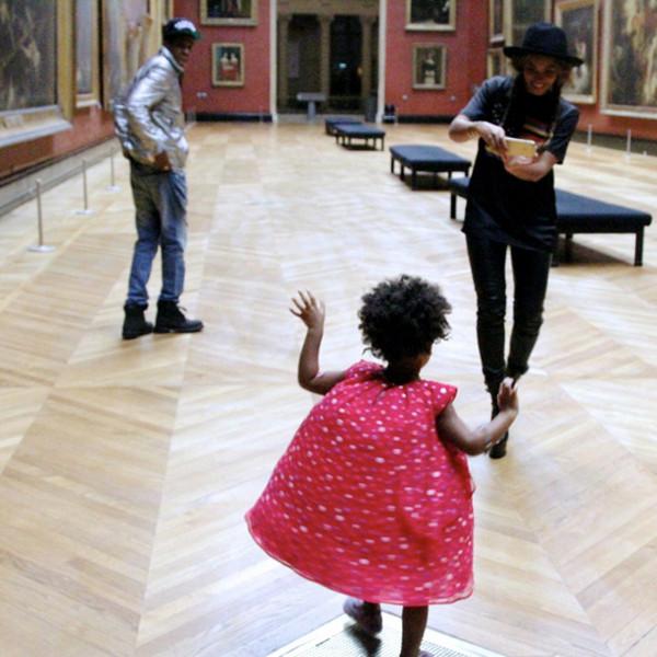 The Carters Visit Museum in Paris Pic2