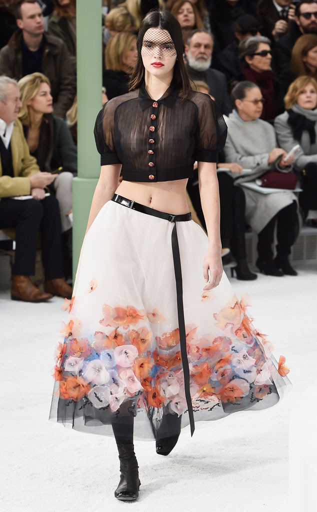 Kendall Jenner Chanel Paris Fashion Week