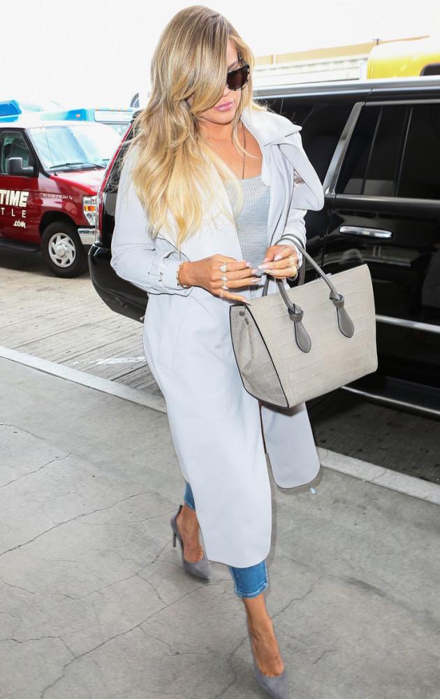 khloe-kardashian-fashion-bomb-daily-long-trench-coat-630x1000