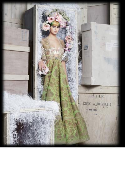 snapshot-kendaal-jenner-harpers-bazaar-may-2015-fbd3-400x600