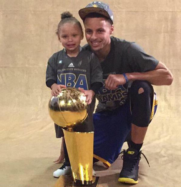 steph-riley-ayesha-curry-nba-finals-2