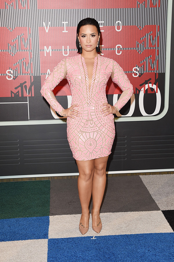 demi-lovato-mtv-vmas-2015-video-music-awards1