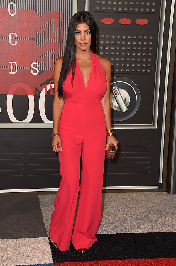 kourtney-kardashian-mtv-vmas-2015-video-music-awards-2