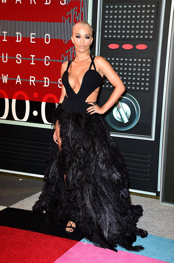 rita-ora-mtv-vmas-2015-video-music-awards-2