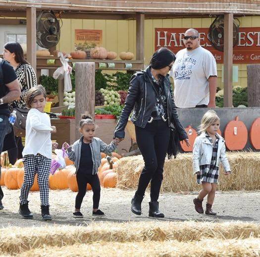 kourtney-kardashian-scott-disick-takes-kids-to-pumpkin-patch-off-new-girlfriend-ftr