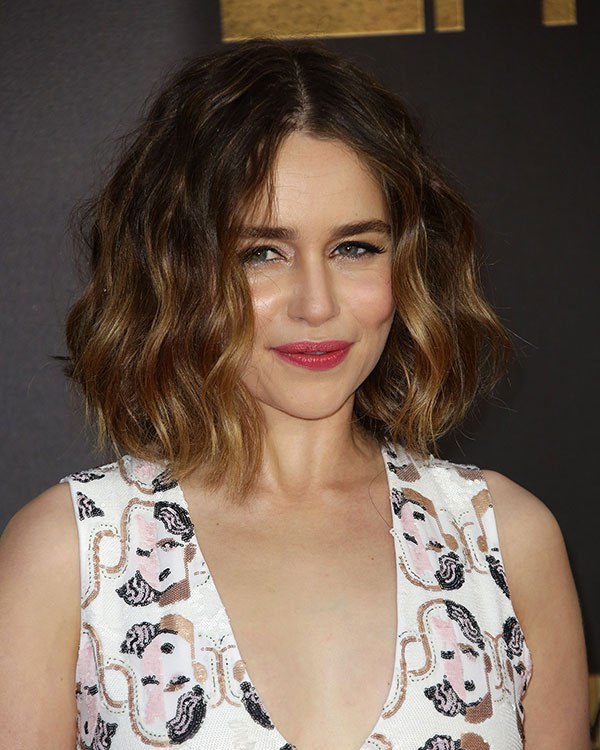 emilia-clarke-mtv-movie-awards-2016-beauty