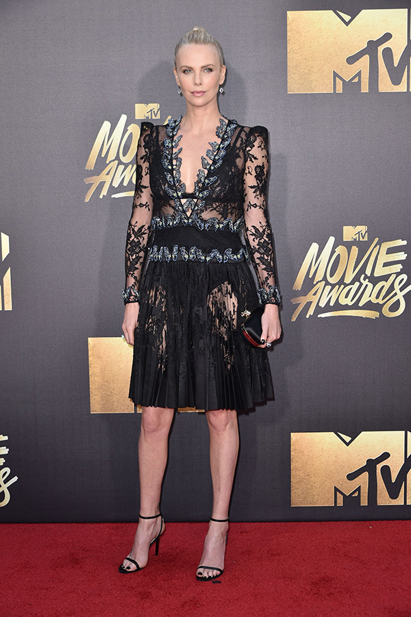 mtv-awards-charlize-theron1