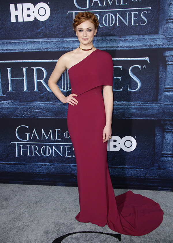sophie-turner-game-of-thrones-premiere-rex
